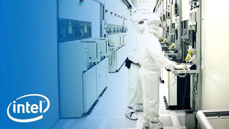 Intel abandonaría la fabricación de chips de contrato en los próximos meses