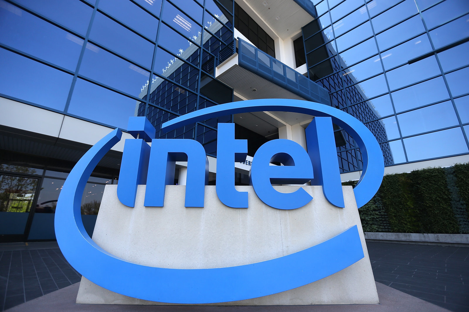 Intel promete más transparencia en el futuro