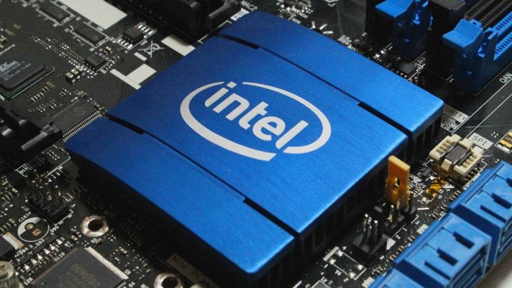 Las ventas de PCs en España bajan por la falta de chips de Intel